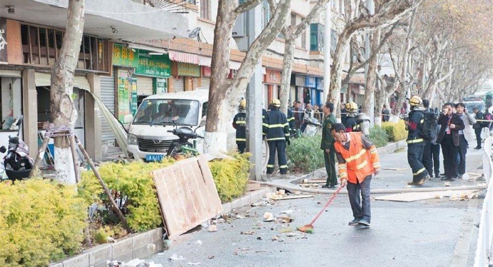 昆明一餐館液化氣爆炸致21人受傷