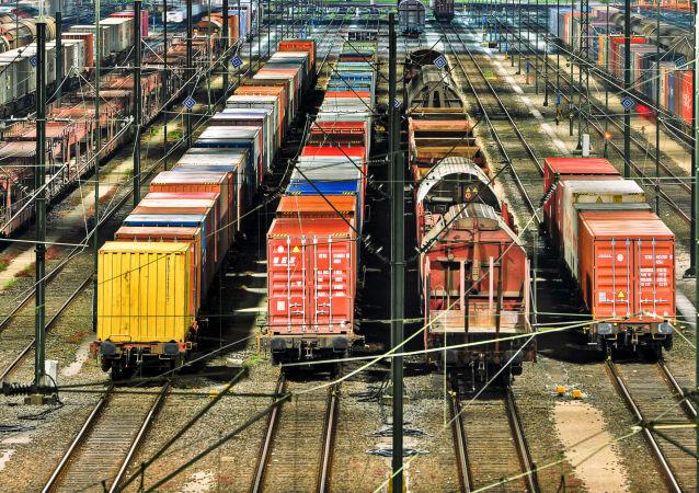 烏克蘭發出的貨運列車已繞道俄羅斯抵達與中國接壤的終點站