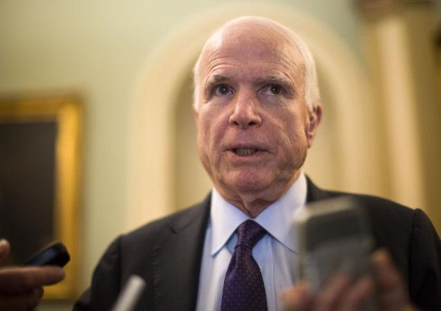 媒体:美国参议员麦凯恩将在安纳波利斯下葬