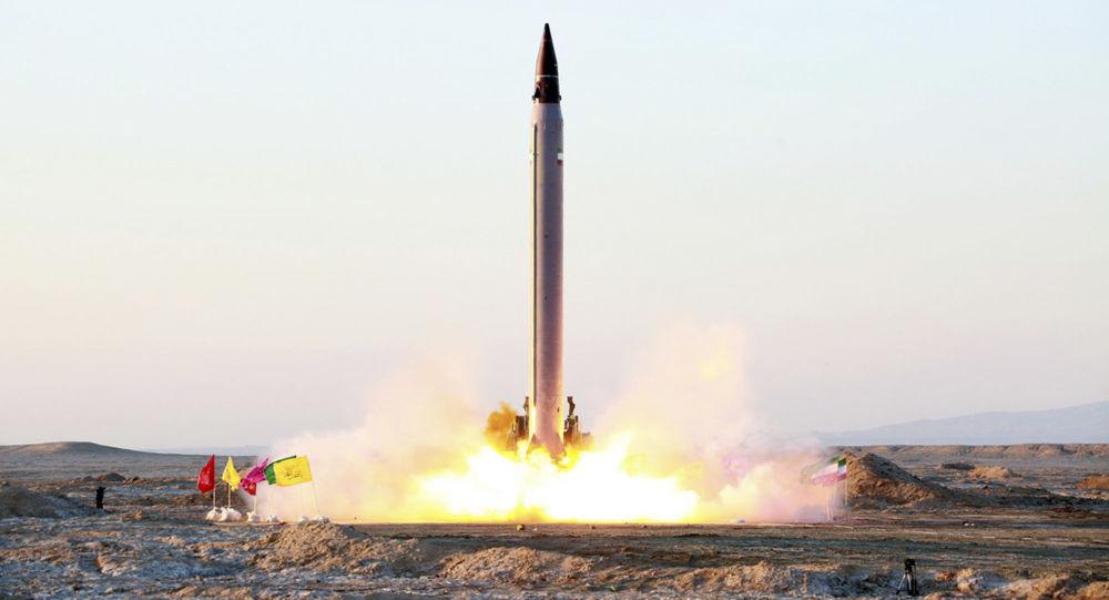 伊朗軍方軍演開始階段成功發射兩枚導彈
