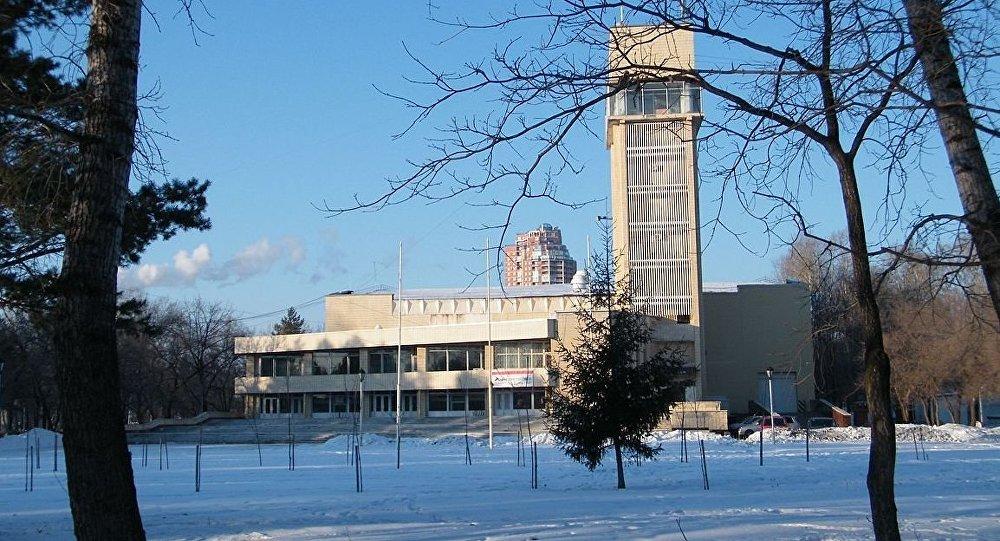 列宁田径体育场 (哈巴罗夫斯克市)