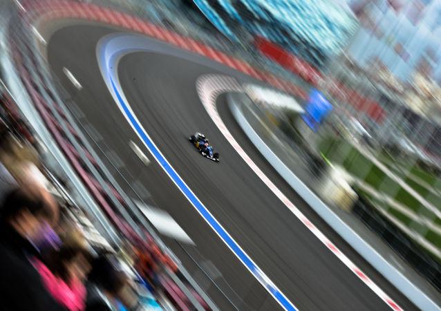 俄F1大奖赛门票全部售罄,比赛大获成功