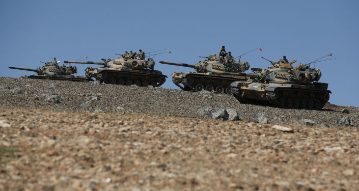 土耳其装甲部队在土叙边境集结(资料图片)