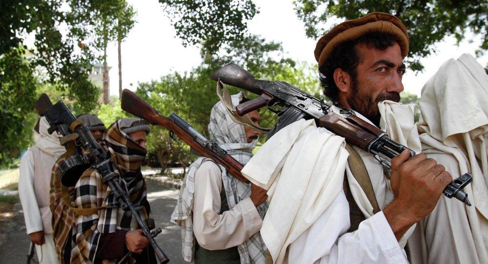 阿富汗軍事基地遭塔利班襲擊 約20名軍人喪生