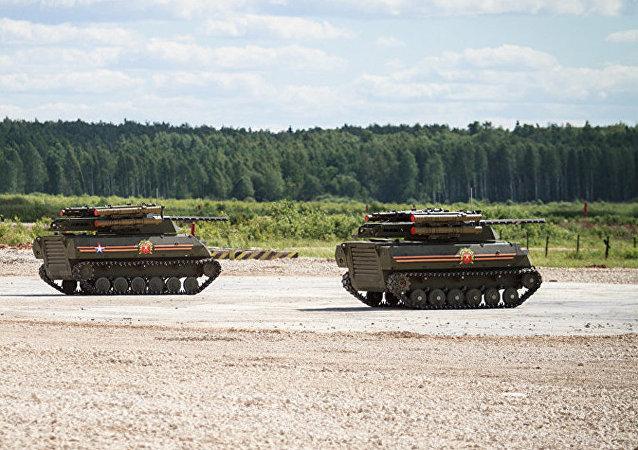 消息人士:俄将于2020年制定城市战斗中机器人使用战术