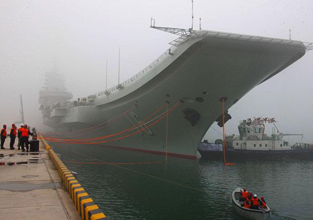 """中国""""辽宁""""航空母舰"""