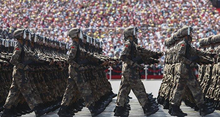 俄专家:中国人民解放军的现代化未威胁他国