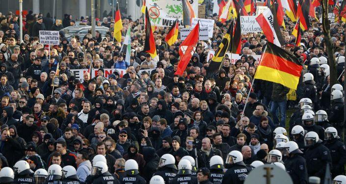 民調:超60%德國人在科隆事件後對難民持批評態度