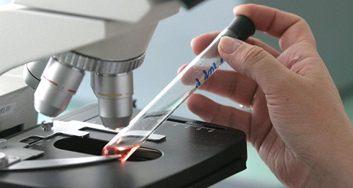 普京:俄已注册预防埃博拉的药物 它比同类药物更有效