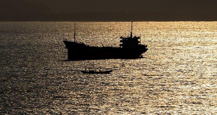 日本海發生油船和漁船相撞事故 12人失蹤