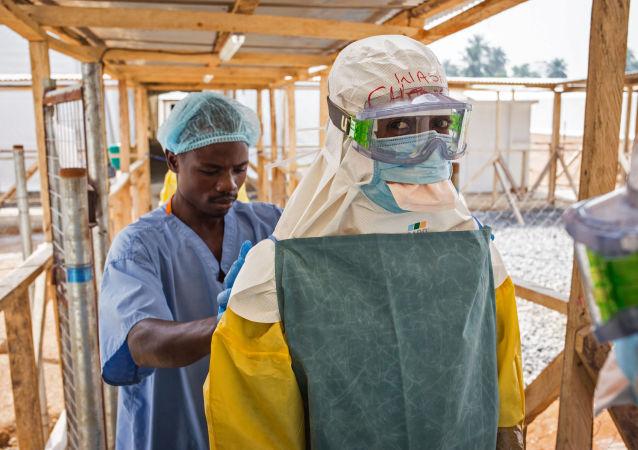 塞拉利昂新增一起埃博拉致死病例 约100人被隔离