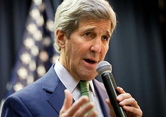 美国务卿向沙特承诺两国将保持牢固双边关系