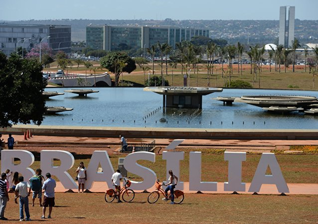 巴西將動用軍隊參與抗擊全國蔓延的齊卡熱