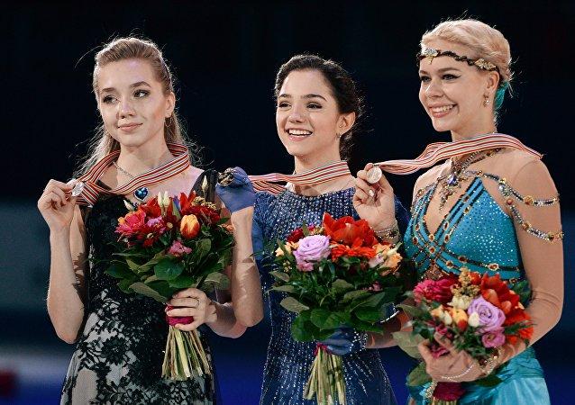 俄羅斯女運動員梅德韋傑娃贏得歐錦賽花樣滑冰金牌