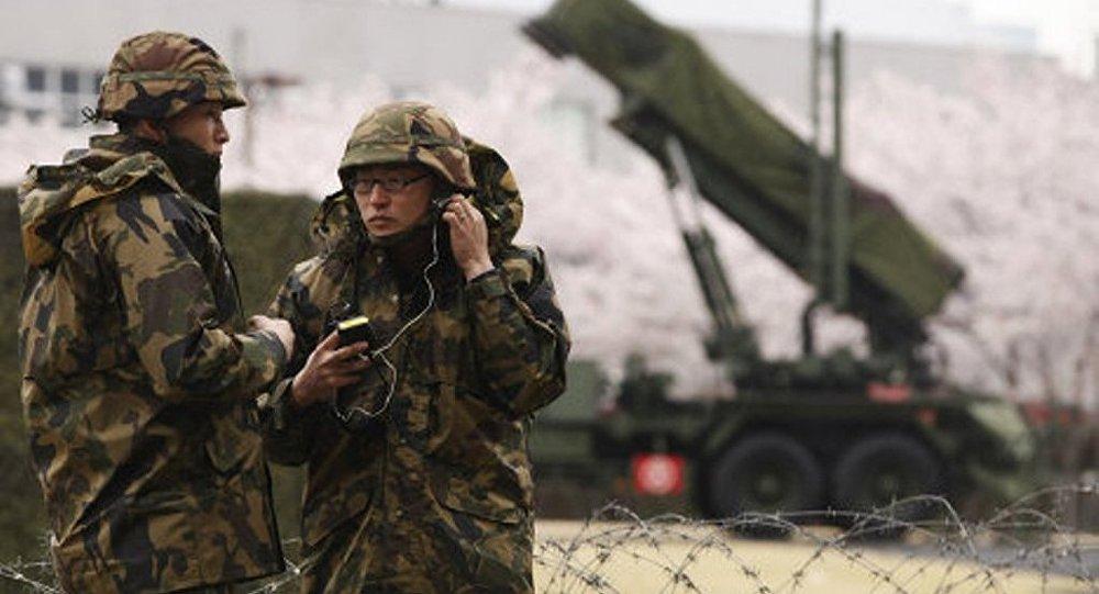 日本防卫大臣命令击落朝鲜火箭