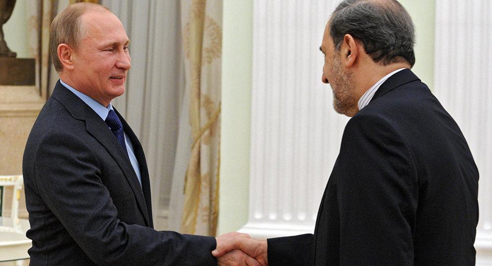 普京與伊朗最高領袖顧問韋拉亞提