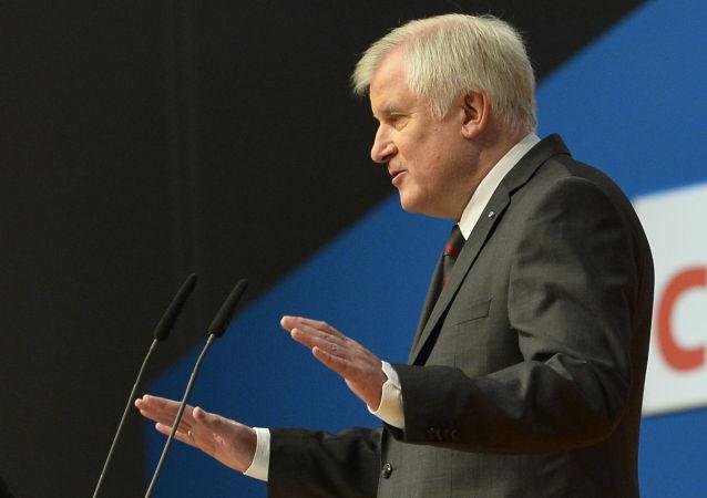 澤霍費爾有意辭去德國基社盟主席一職