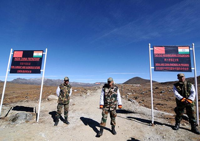 印度與中國邊防軍人在邊境首次進行進行聯合演習