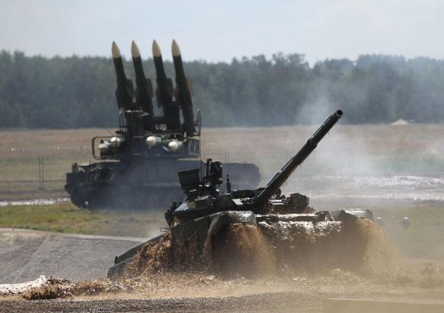 普京:俄去年向58个国家出口军工产品