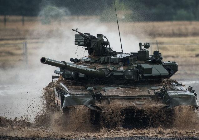 俄罗斯新型T-90M坦克