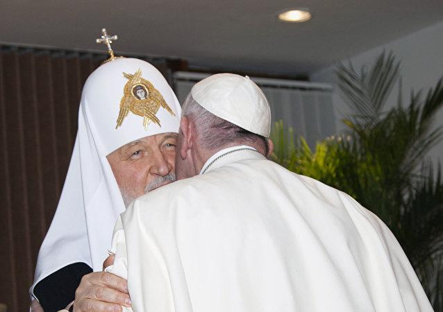 俄總理:基里爾大牧首與羅馬教皇古巴會晤是團結的突出榜樣