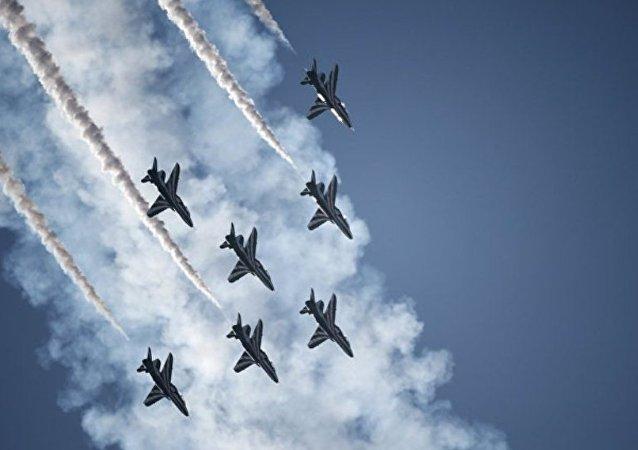 俄联合航空制造集团 :俄中就联合研制飞机的技术配置几近达成一致