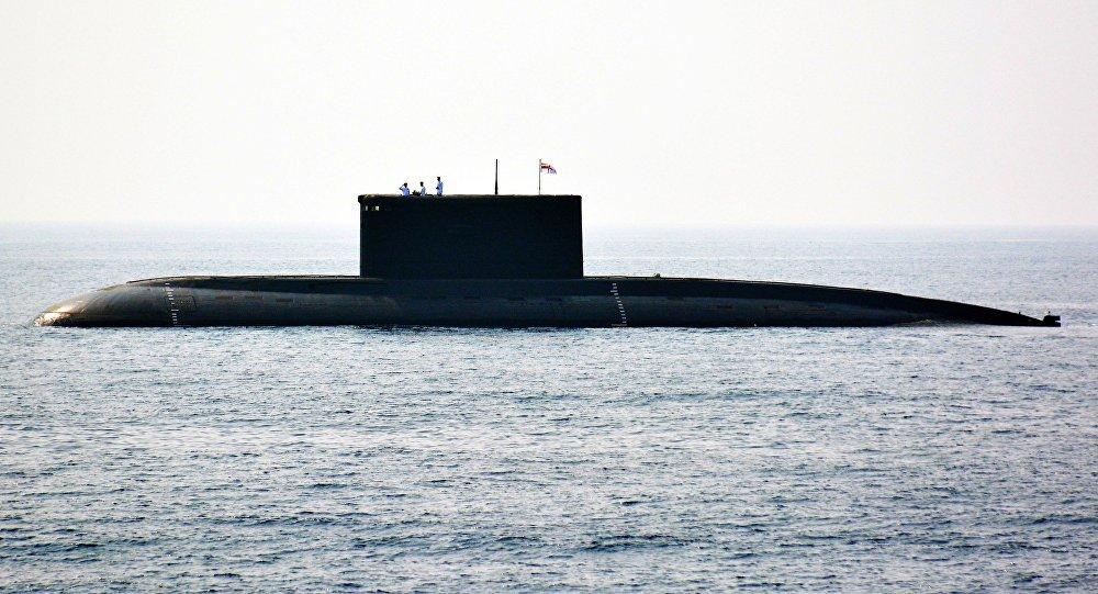 """印俄专家联合调查""""查克拉""""号潜艇受损事件"""