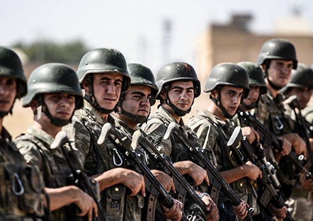 2018年土耳其武装力量补充4.3万军人