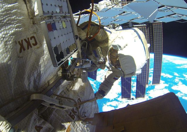 俄宇航員從國際空間站出艙(資料圖片)