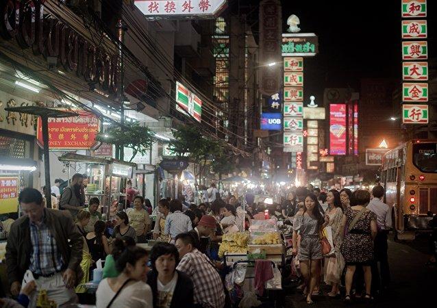 曼谷政府计划实施人工降雨应对大气污染