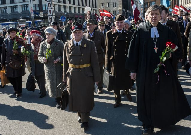 在拉脫維亞首都里加黨衛軍分子遊行