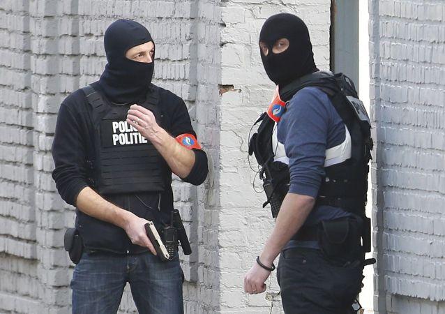 比利时政府继续调查巴黎恐怖袭击事件