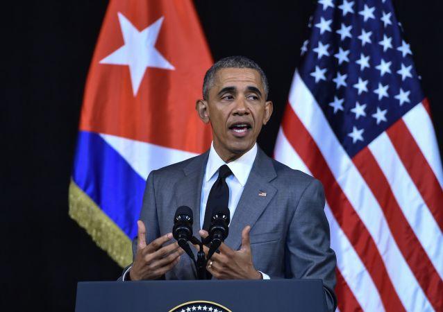 奥巴马就菲德尔·卡斯特罗去世表示哀悼