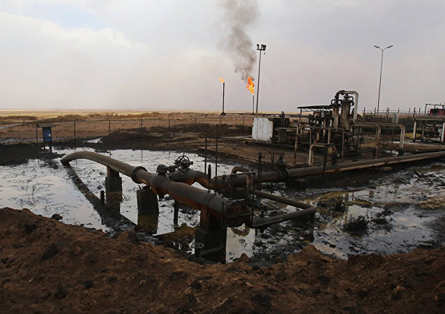"RT电视台:""伊斯兰国""以每桶12美元价格出售石油"