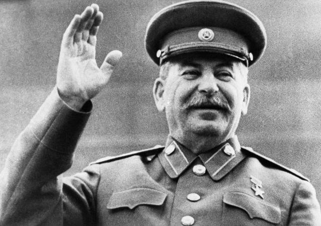 民调:俄罗斯对斯大林的认可度达历史新高