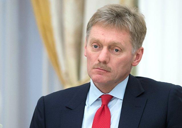 俄总统新闻秘书:普京无法与5月来莫斯科开音乐会的艾尔顿·约翰见面