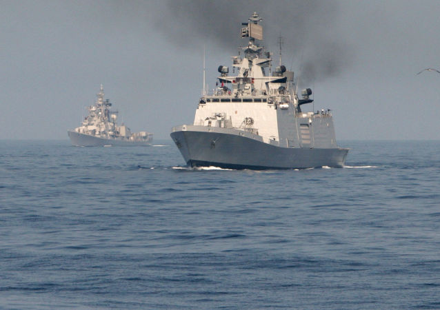 印度反恐军演动用约150艘舰船