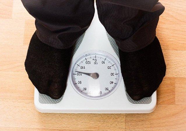 科学家们找到无需节食和运动即可减肥的方法