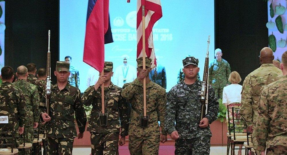 菲律賓與美國每年一度的「肩並肩」(Balikatan)聯合軍事演習