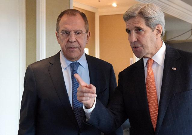 俄外交部:俄美外长呼吁叙利亚冲突各方遵守停火协议