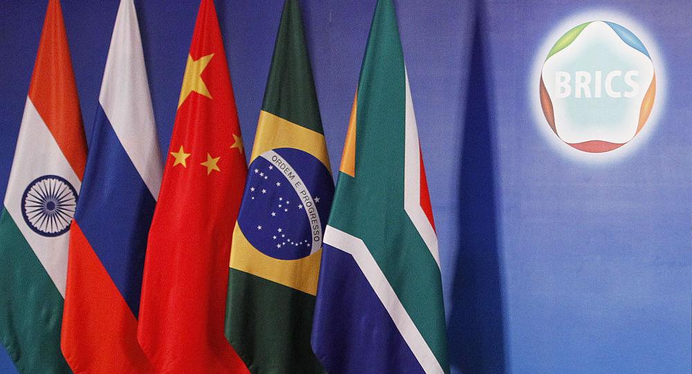 中國外長:中方將與各國共同打造金磚合作機制的第二個「金色十年」