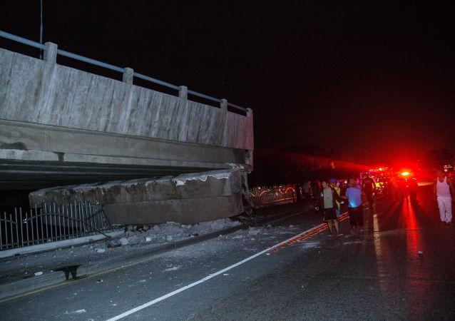 据美国地质勘探局(USGS)消息,厄瓜多尔东部发生里氏7.7级地震。