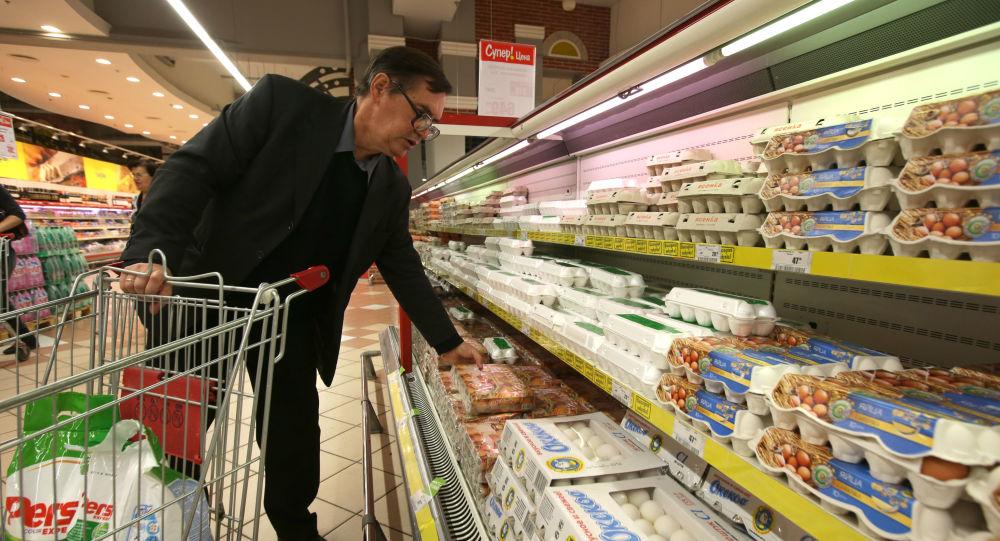 俄罗斯人眼中的优质食品:无人工添加剂、保持期不长