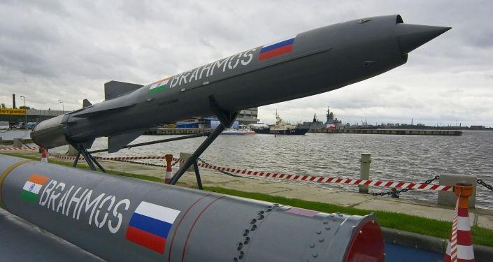 俄罗斯向印度提出联合建造潜艇并为其装配布拉莫斯导弹