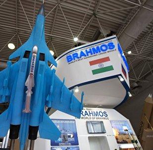 """印度空军首批两架苏-30MKI战机换装""""布拉莫斯""""导弹"""