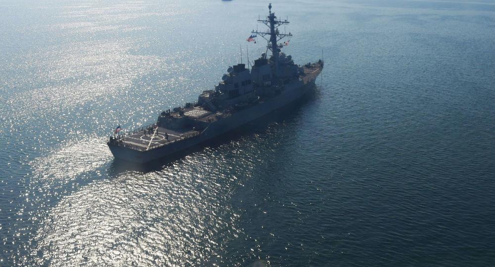 美国海军导弹驱逐舰在黑海