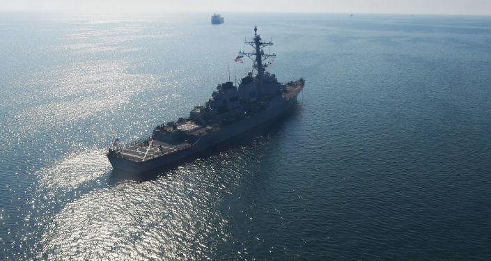 美国军舰在黑海(资料图片)