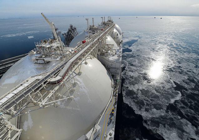 媒体:印度燃气公司收到俄气关于开始供应液化天然气计划的通知