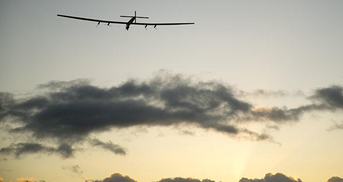 陽光動力2號太陽能飛機穿越太平洋抵達加利福尼亞
