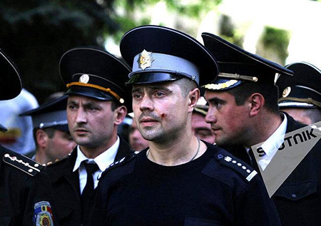 摩爾多瓦首都騷亂致14名警員受傷